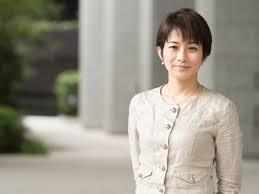 東京新聞記者 望月衣塑子さんの「質問する力」   MASHING UP